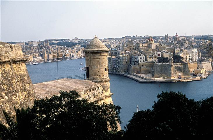 1D274906399864-today-malta-140721.blocks_desktop_large