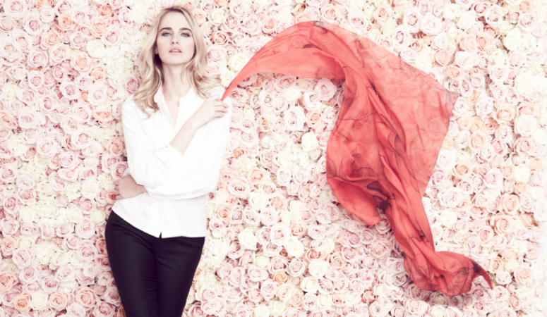 Giveaway : Beulah London's Petal Flower Spirits Red Scarf